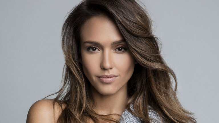 Jessica Alba is one of the celebrities who has experienced carpal tunnel syndrome.